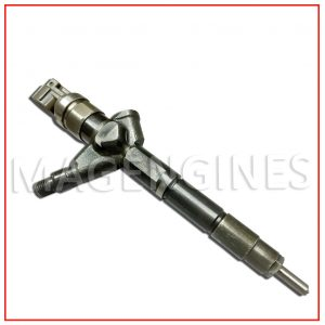 FUEL INJECTOR NISSAN YD22
